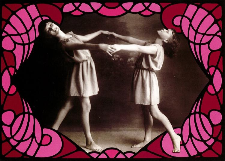 Postikortti Lasten tanssi, vaaleanpunainen